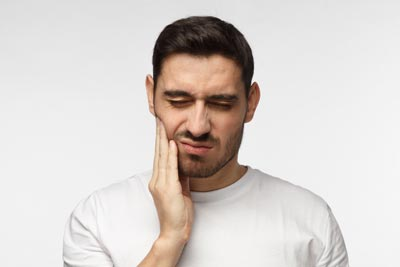 dental emergencies in wayland ma